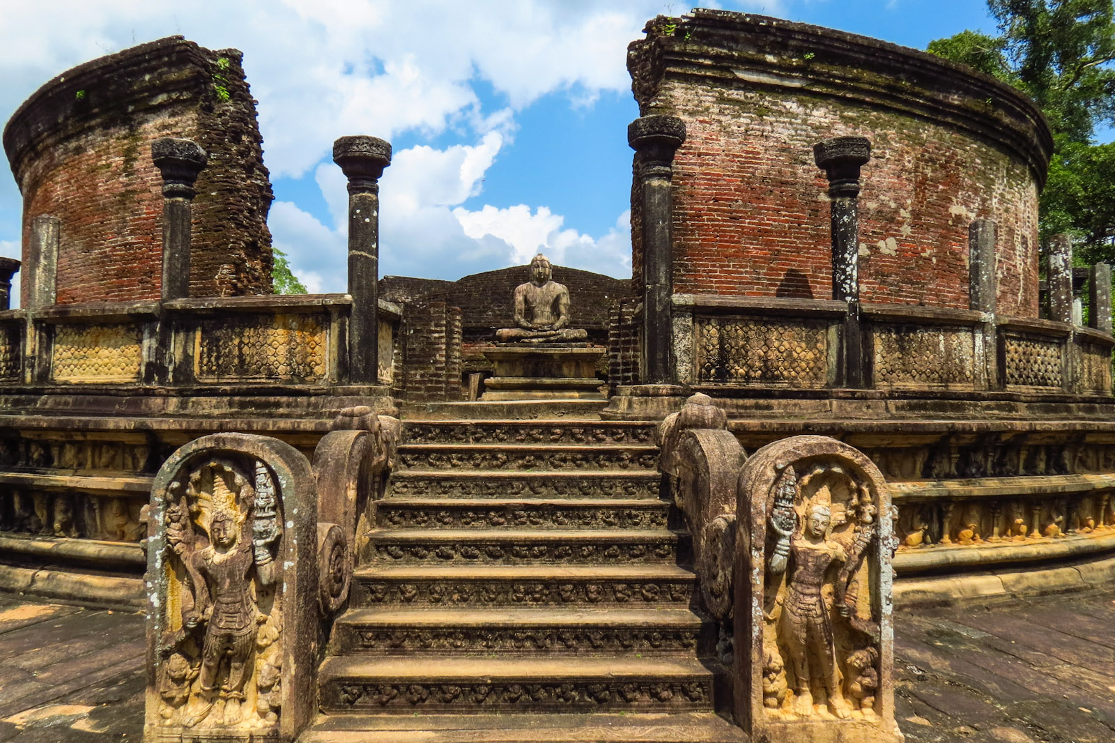 14 Days Sri Lanka Tour Package Polonnaruwa Ruins